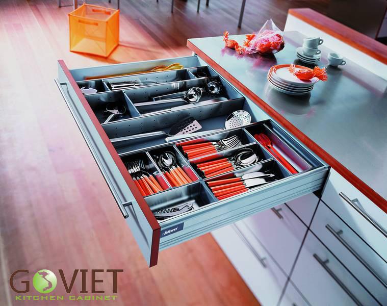 Ngăn kéo chia hộc tủ bếp