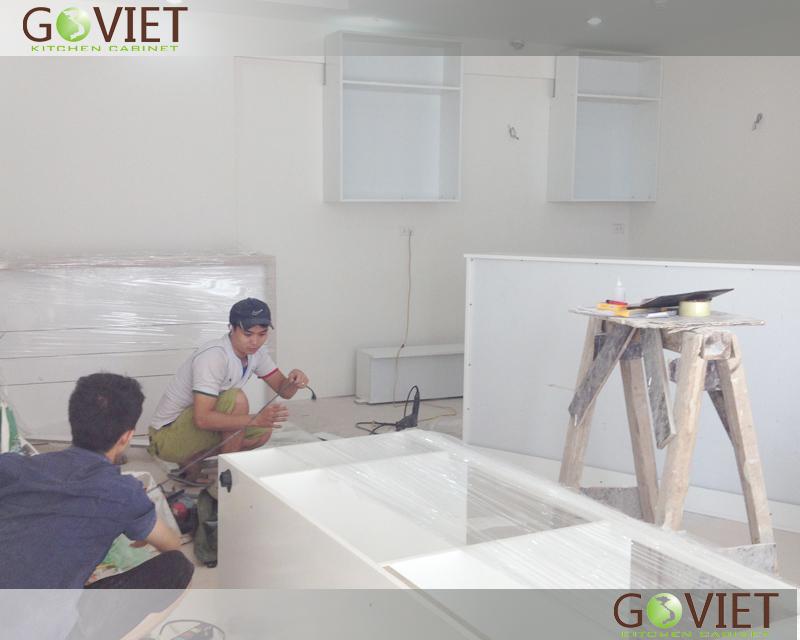 lắp đặt tủ bếp acrylic