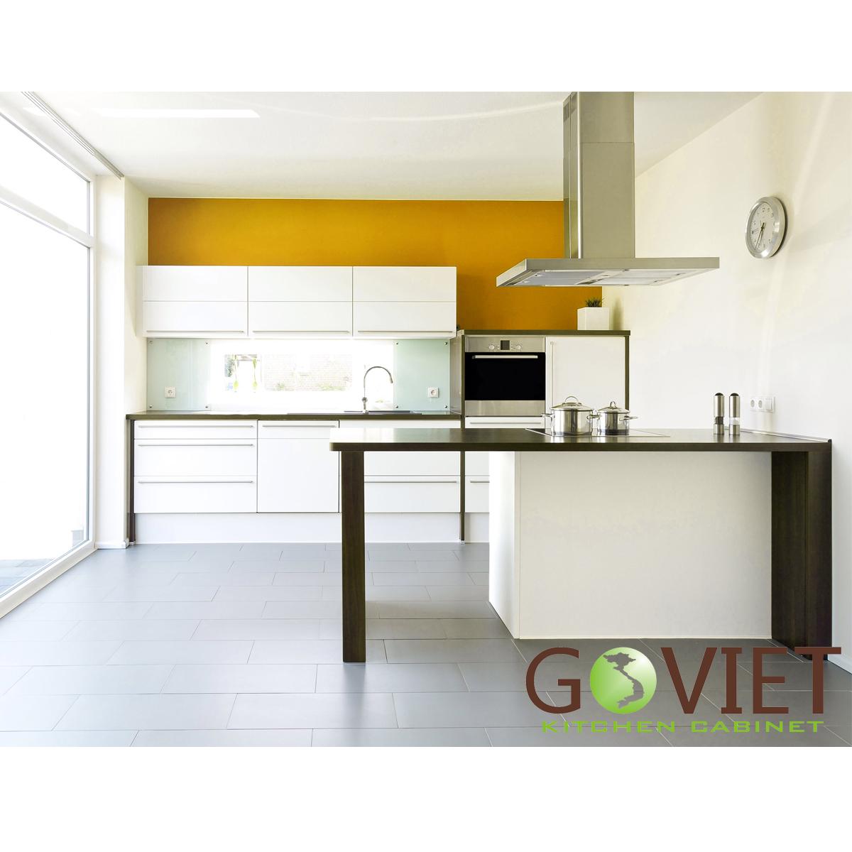Tủ bếp dạng chữ L GVL001