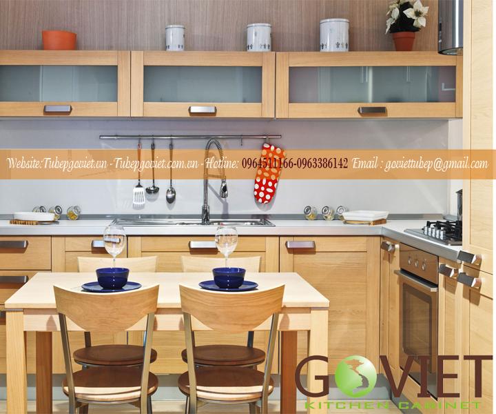 Tủ bếp gỗ tự nhiên sồi hiện đại
