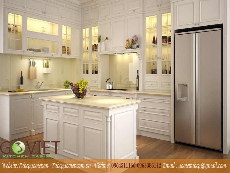 Mẫu tủ bếp bằng gỗ tự nhiên