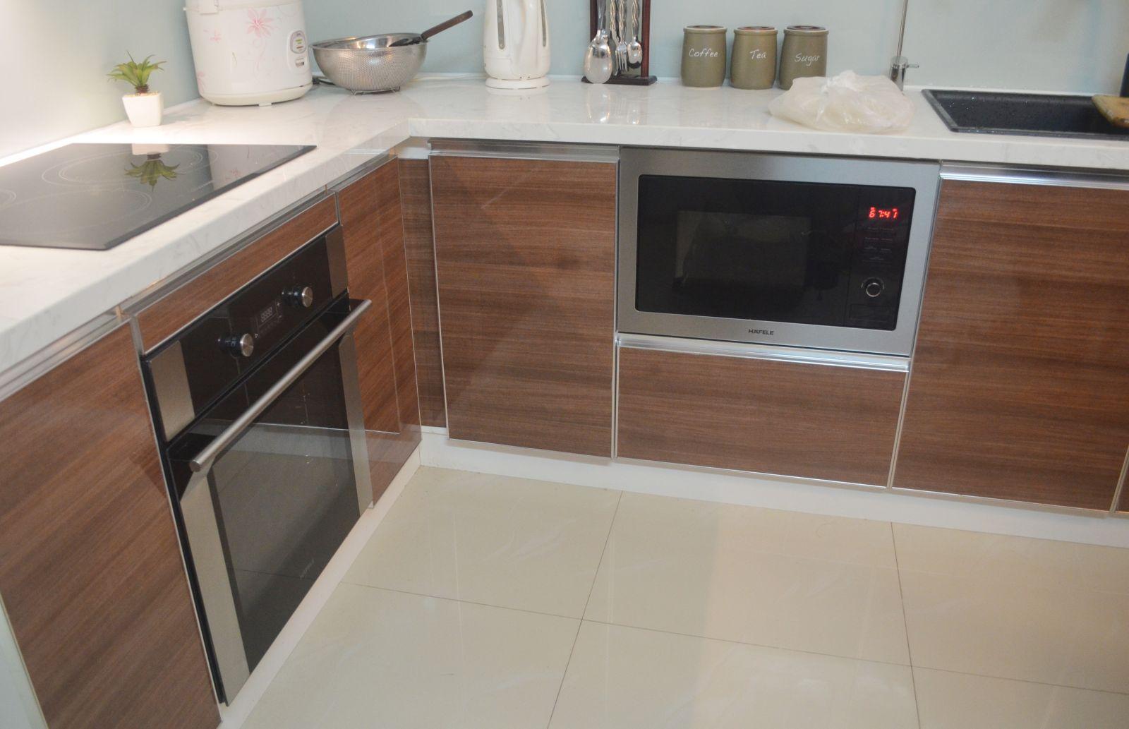 tu bep acrylic duy tan%20(8)(1) - Top 3 mẫu tủ bếp gỗ công nghiệp đẹp hiện đại 2019